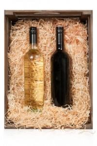 Weinflaschen in der Kiste